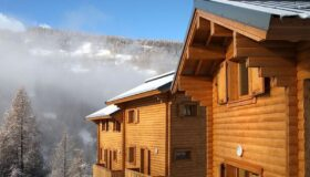 Mountain chalets in Saint-Marcelin de Vars