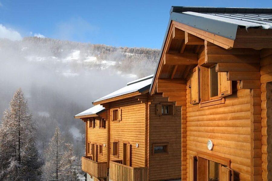 Mountain chalets in Saint-Marcelin de Vars